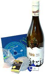 Soutěž o láhev vína a přírodní černou rašelinu z termálního jezera Hevíz - www.chytrazena.cz