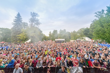 Hrajte o vstupenky na Sázavafest - www.dokonalazena.cz