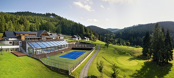 Soutěž o vstupenky do termálních bazénů a Wellness Horal v Beskydech - www.chytrazena.cz