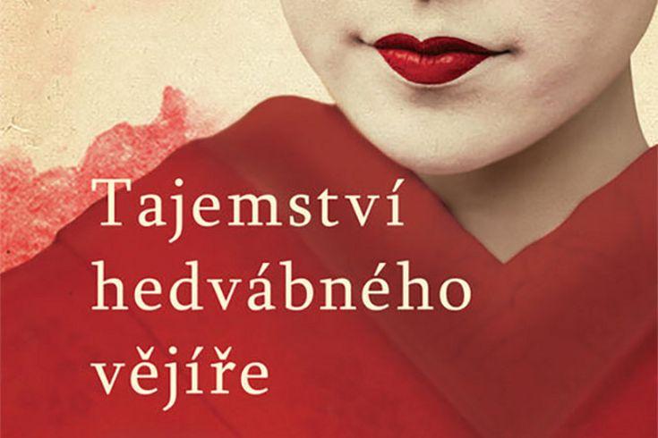 Vyhrajte tři knihy Tajemství hedvábného vějíře - www.klubknihomolu.cz