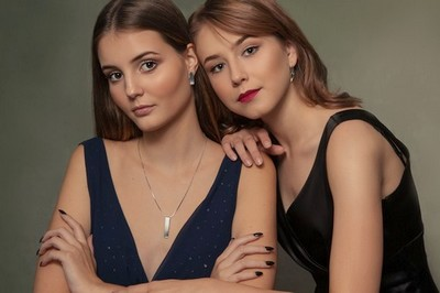SOUTĚŽ: Vyhrajte stříbrný šperk PRAQIA - www.zenyprozeny.cz