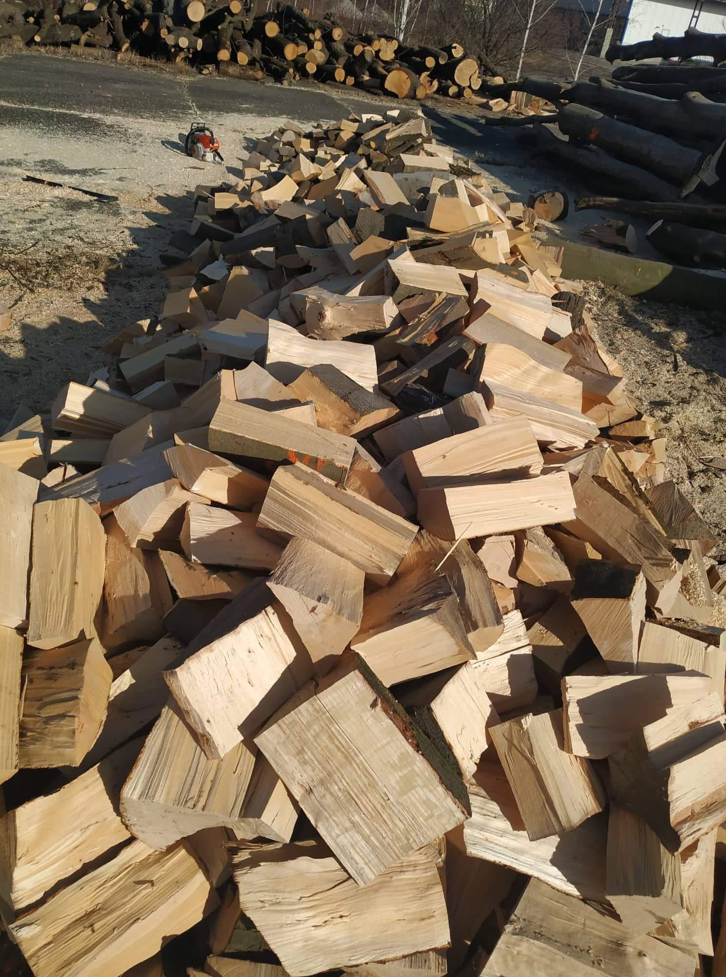 Soutěž o kontejner palivového dřeva - www.palivove-ostrava-drevo.cz
