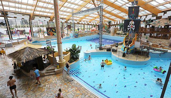 Soutěžte o vstupenky do největšího aquaparku ve střední Evropě Aquapalace Praha! - www.chytrazena.cz
