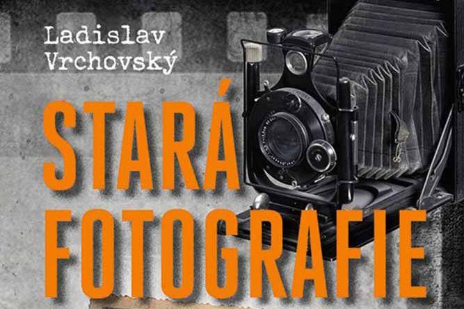 Vyhrajte tři knihy Stará fotografie - www.klubknihomolu.cz